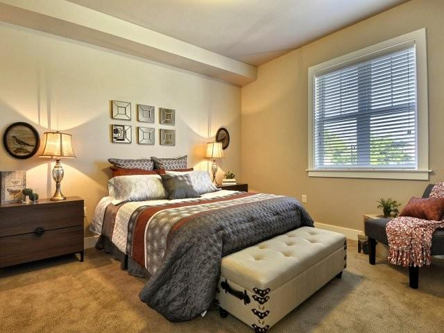 sugar house apartments by urbana is a seven minute walk from the 720 s