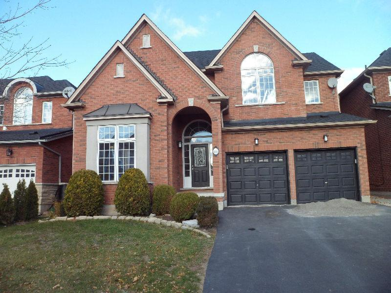 88 Glenmeadow Crescent photo #1