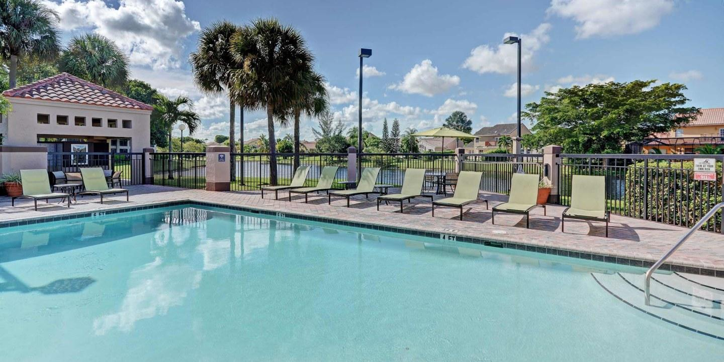 Waterview at Coconut Creek Apartments photo #1