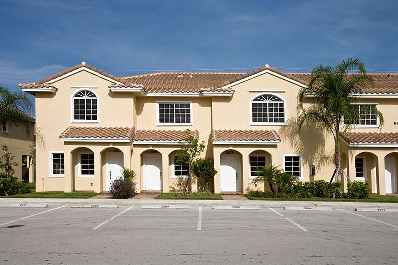 Amberton Apartments Naples Fl