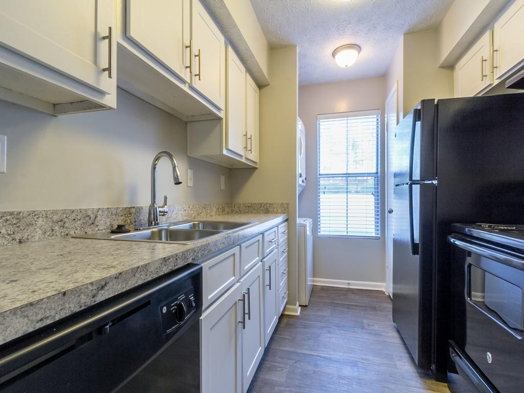Enclave at Roswell Apartments photo #1