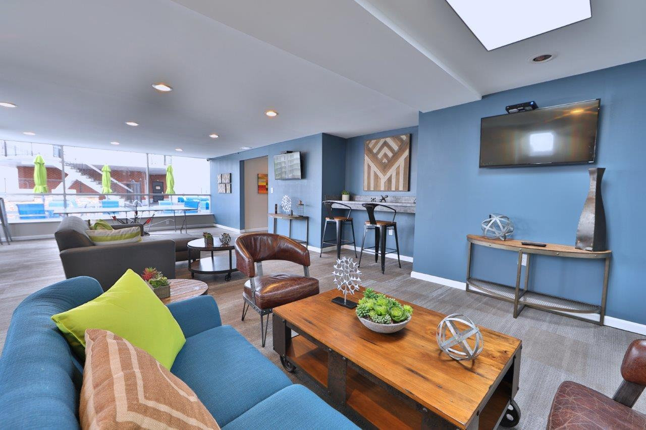 The Carlyle Apartment Homes Apartments Baltimore Md