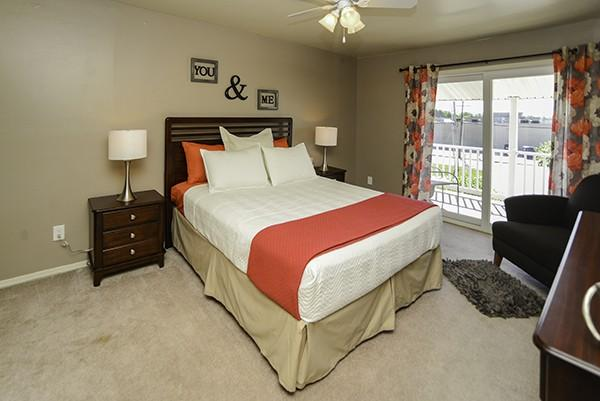 Greentree Village Townhomes Apartments photo #1