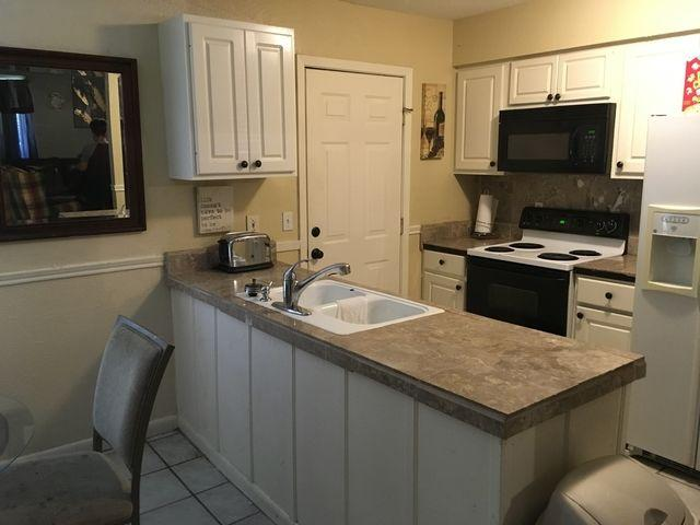 3557 Hines st - 1 - Three BR - House for rent in