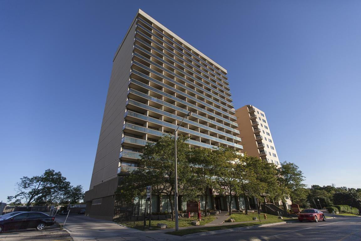 Peter McGregor Tower Apartments photo #1