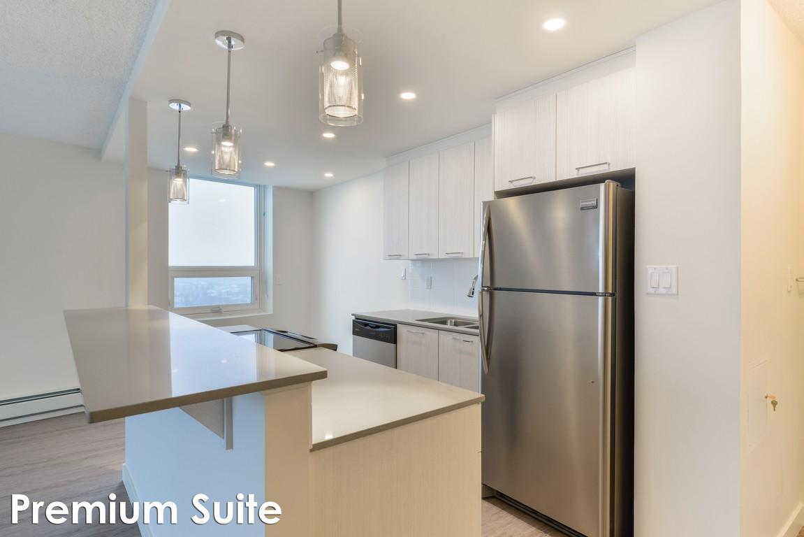 Parkside Tower Apartments photo #1