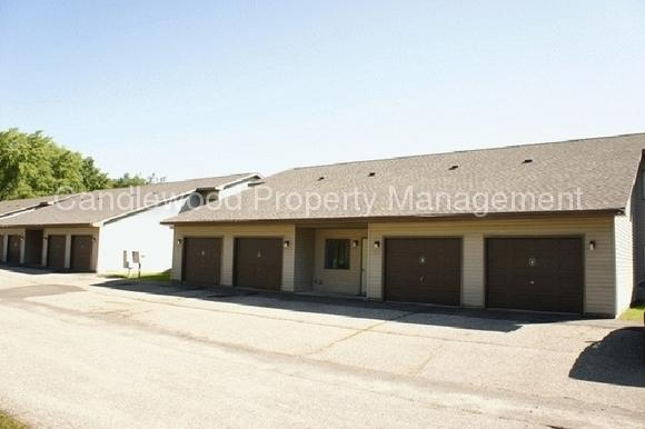 1100 Northpoint Drive photo #1