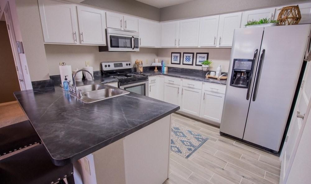 Mission Point Apartments photo #1