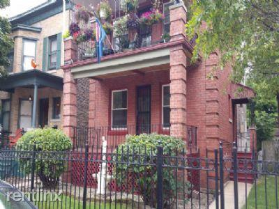 1041 W Irving Park Rd photo #1