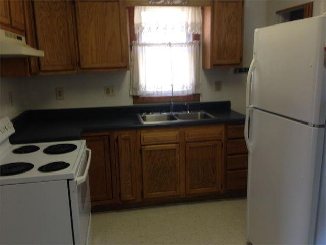 Apartment for rent in Muscatine. $450/mo