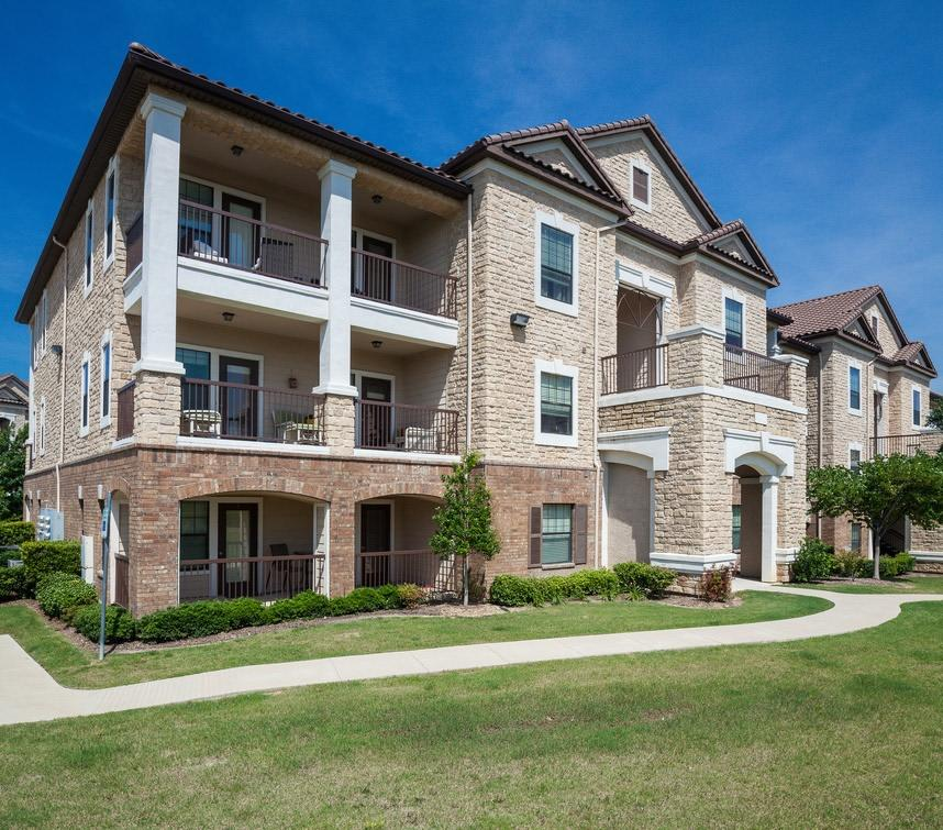 Avington Park At Fossil Creek Apartments By Cortland, Fort
