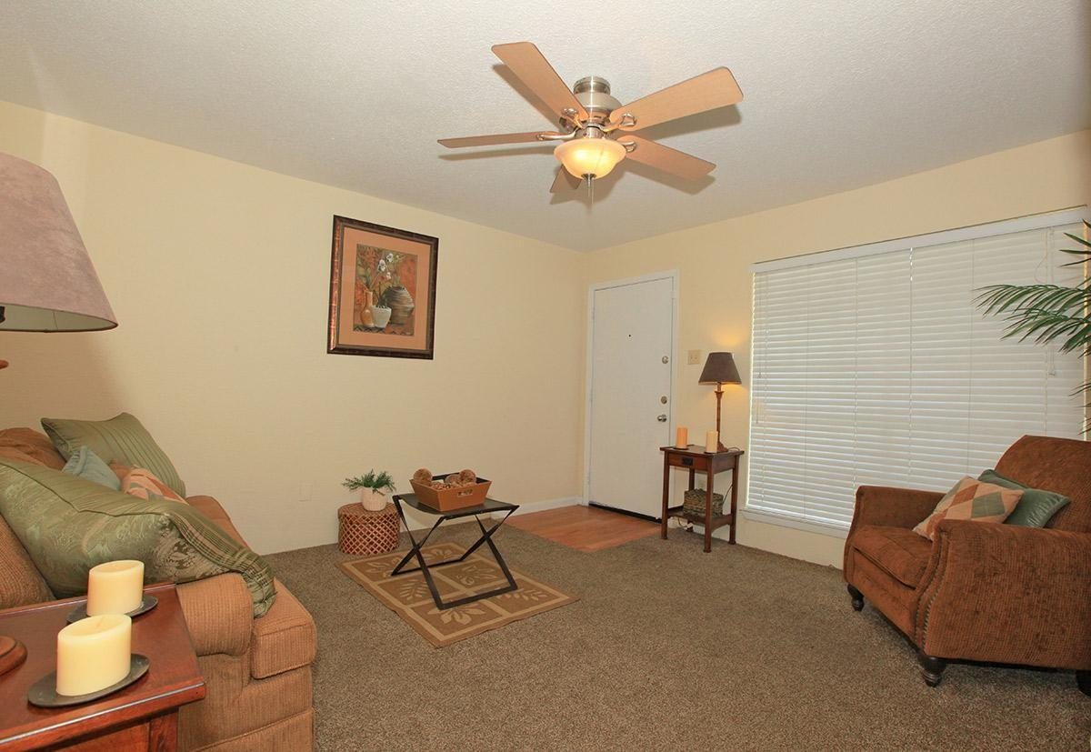 Sterling Point Apartments photo #1
