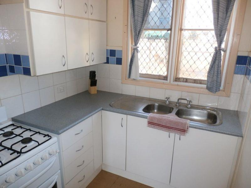 35 Withnell Way photo #1