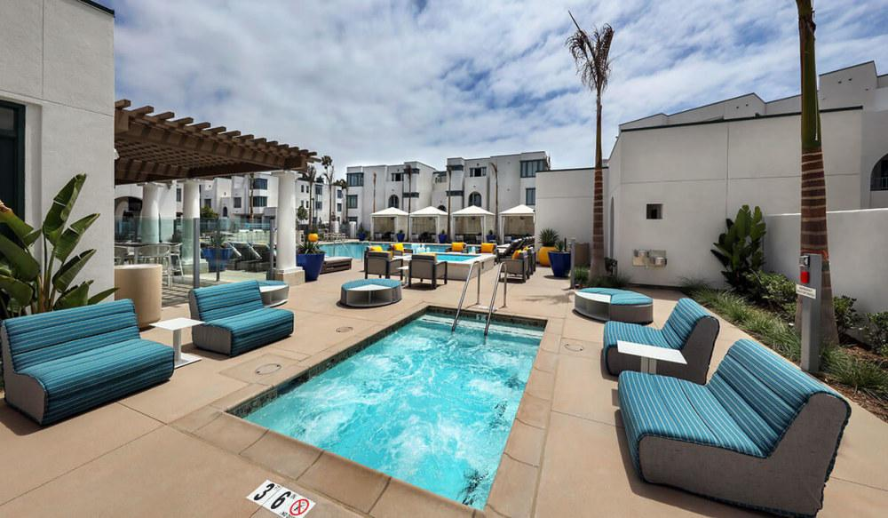 Dylan Point Loma Apartments photo #1