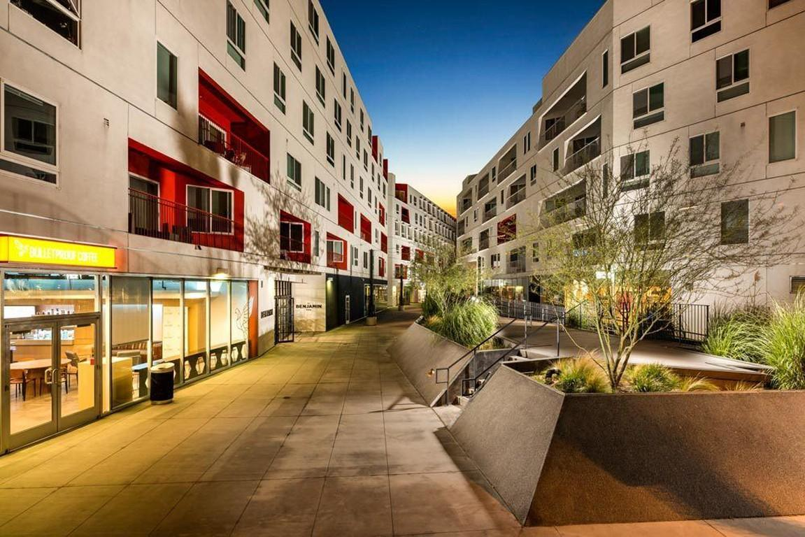 One Santa Fe Residential Apartments, Los Angeles CA - Walk ...