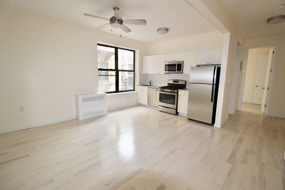 Rarely Available 3BR in Kensington, Pets Welcome! Apartments photo #1