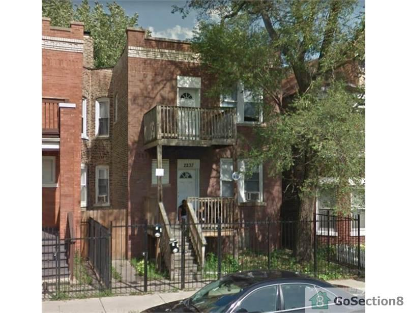 2237 S Kostner Ave photo #1