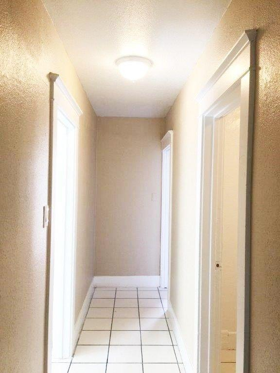 1551 Linden Ave photo #1