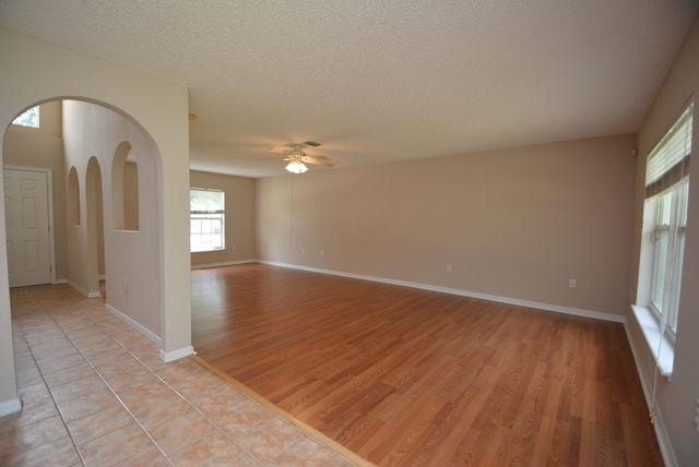 47 Buttermill Dr photo #1