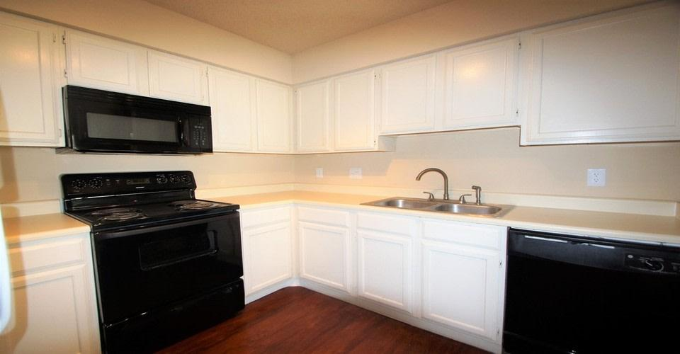 Dalewood Townhomes Apartments photo #1