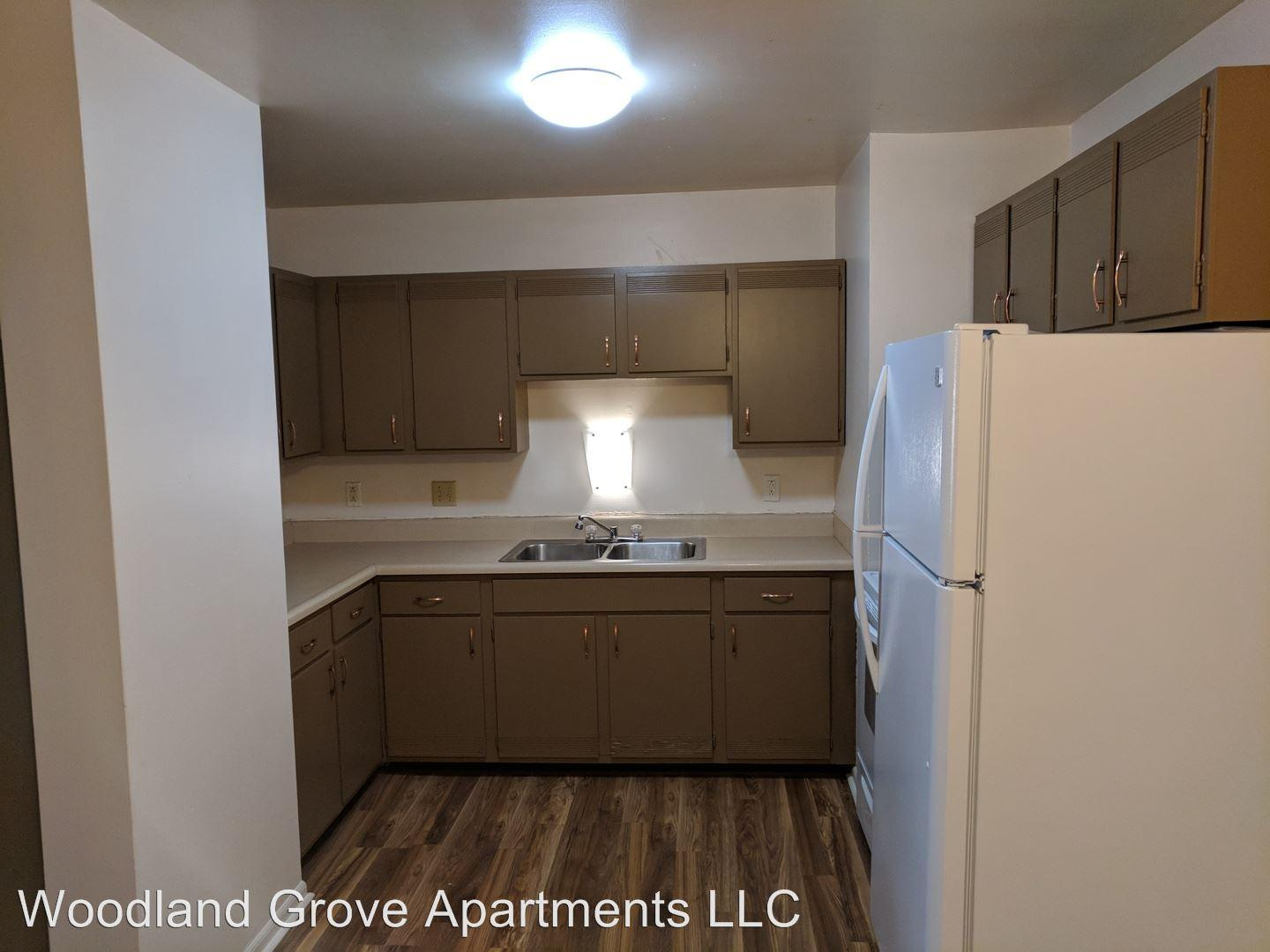 1103 25th St Apartments photo #1