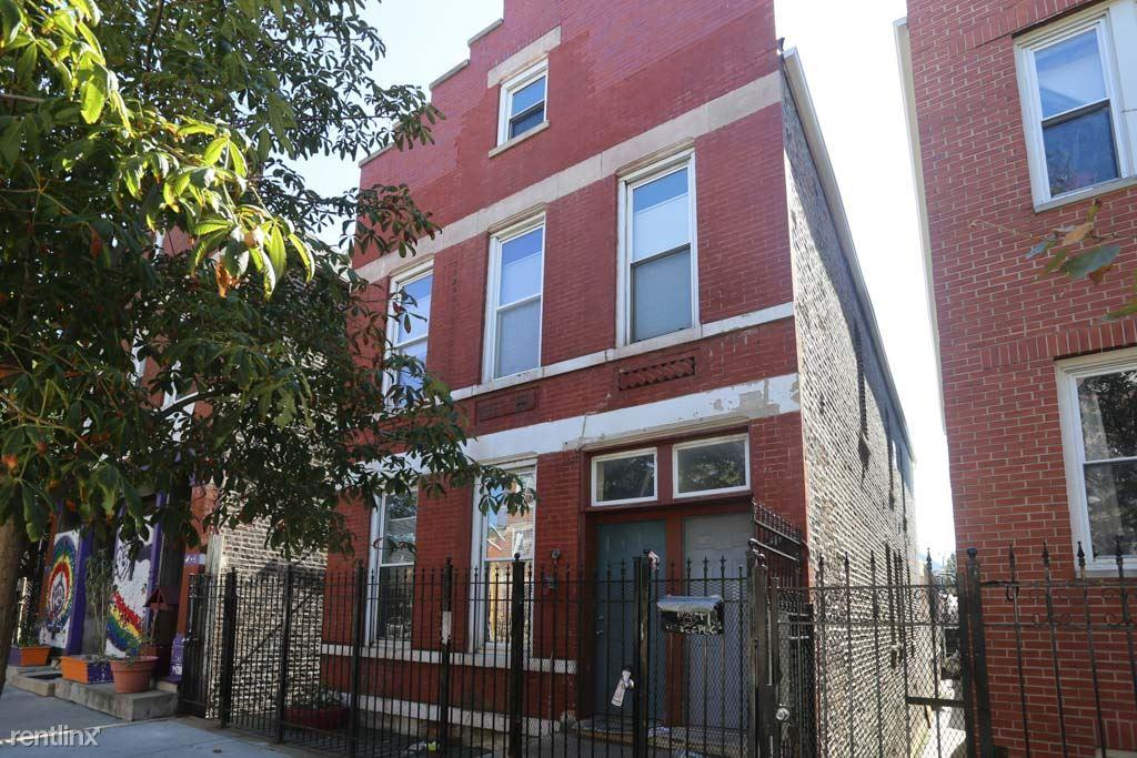 1825 West 17th St. CH photo #1