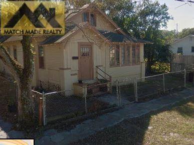 Private & Fenced in 3/1 Single Family Home