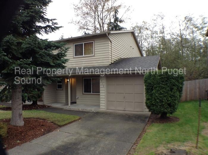 Lease Spacious 2 2.50. Approx 1,400 sf of Living Space!
