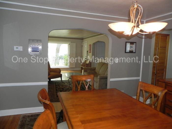 3 bedroom, 2 bathroom in Brookside! Please call the office for a showing