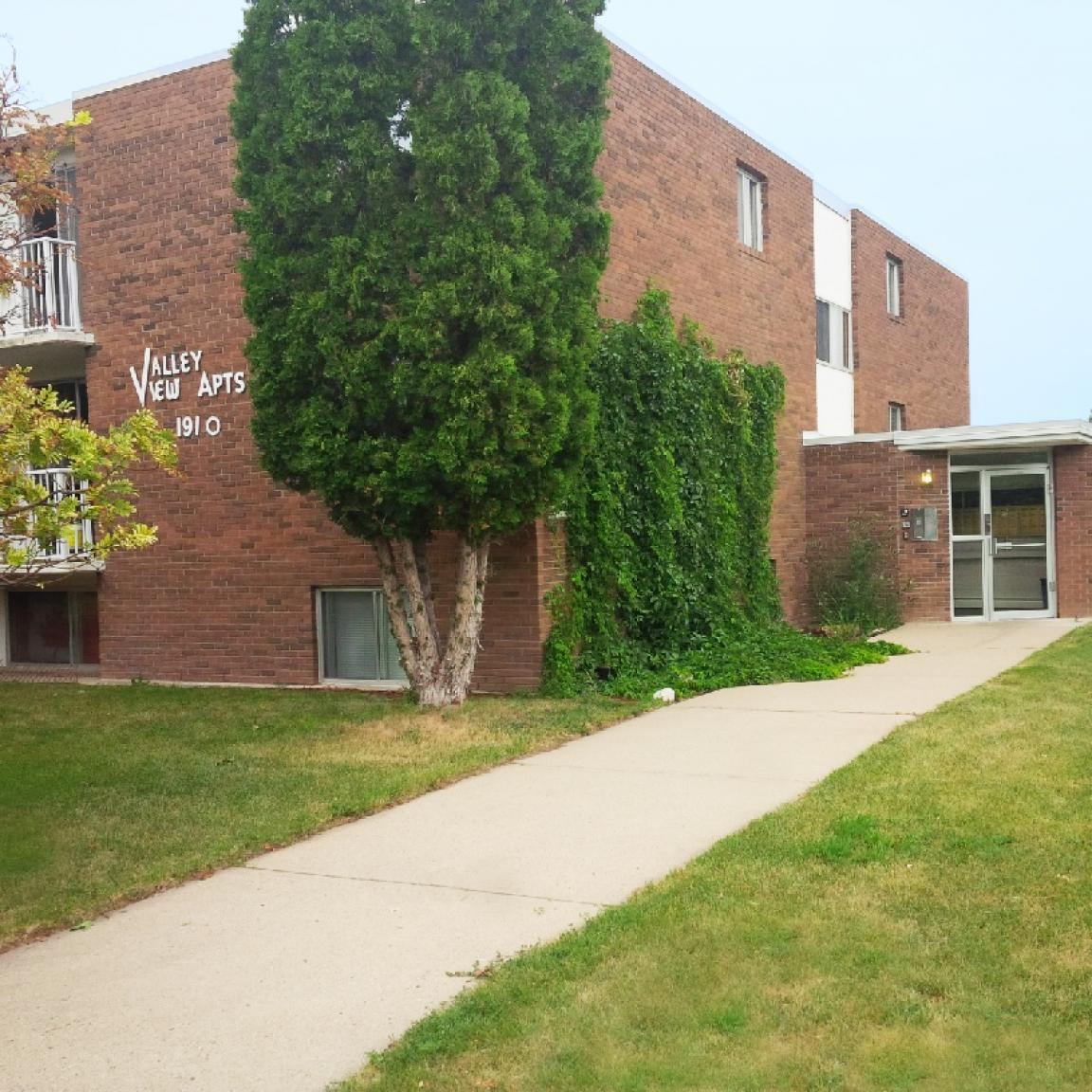 Valley View Apartments: Valleyview Apartments, Medicine Hat AB