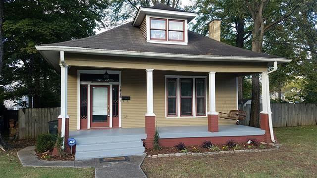 REDUCED!! Awesome Three BR/Three BA House In East Nash Wi...