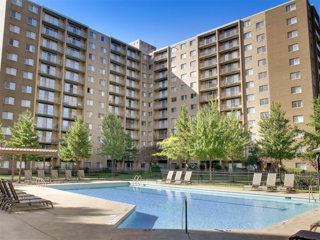 Willoughby Hills Towers Apartments