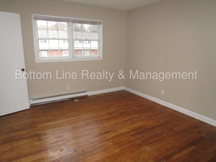 Apartment only for $625/mo. You Can Stop Looking Now!