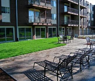 205 Wentworth Apartments photo #1
