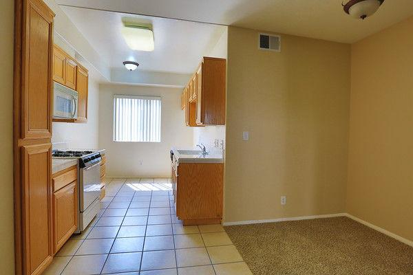 Los Angeles, Great Location, Two BR Apartment. photo #1