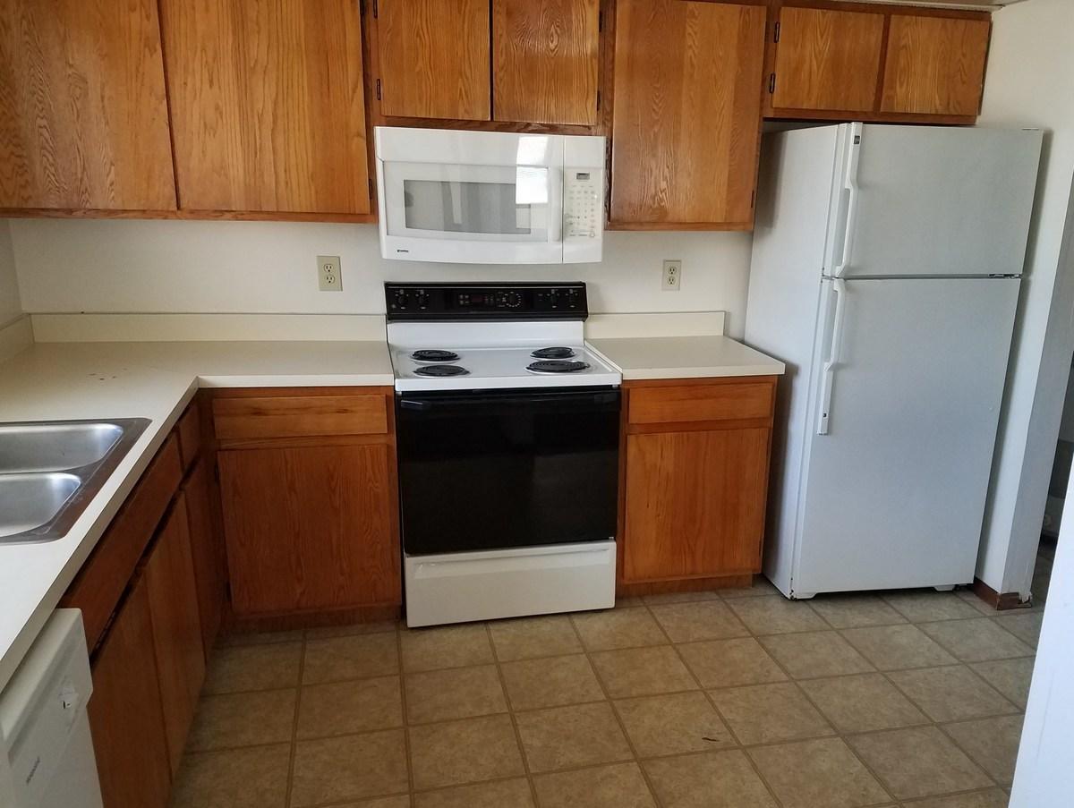Hyde Park Townhomes Apartments photo #1