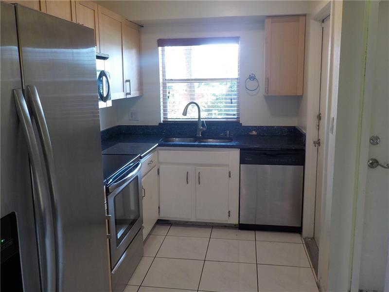 Fort Lauderdale Luxurious 2   2. Washer/Dryer Hookups!