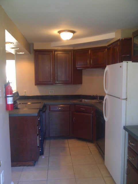 $1,100/mo - Three BR - come and see this one. Washer/Dryer Hookups! photo #1