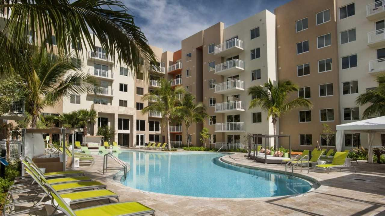 The Manor at CityPlace Doral Apartments photo #1
