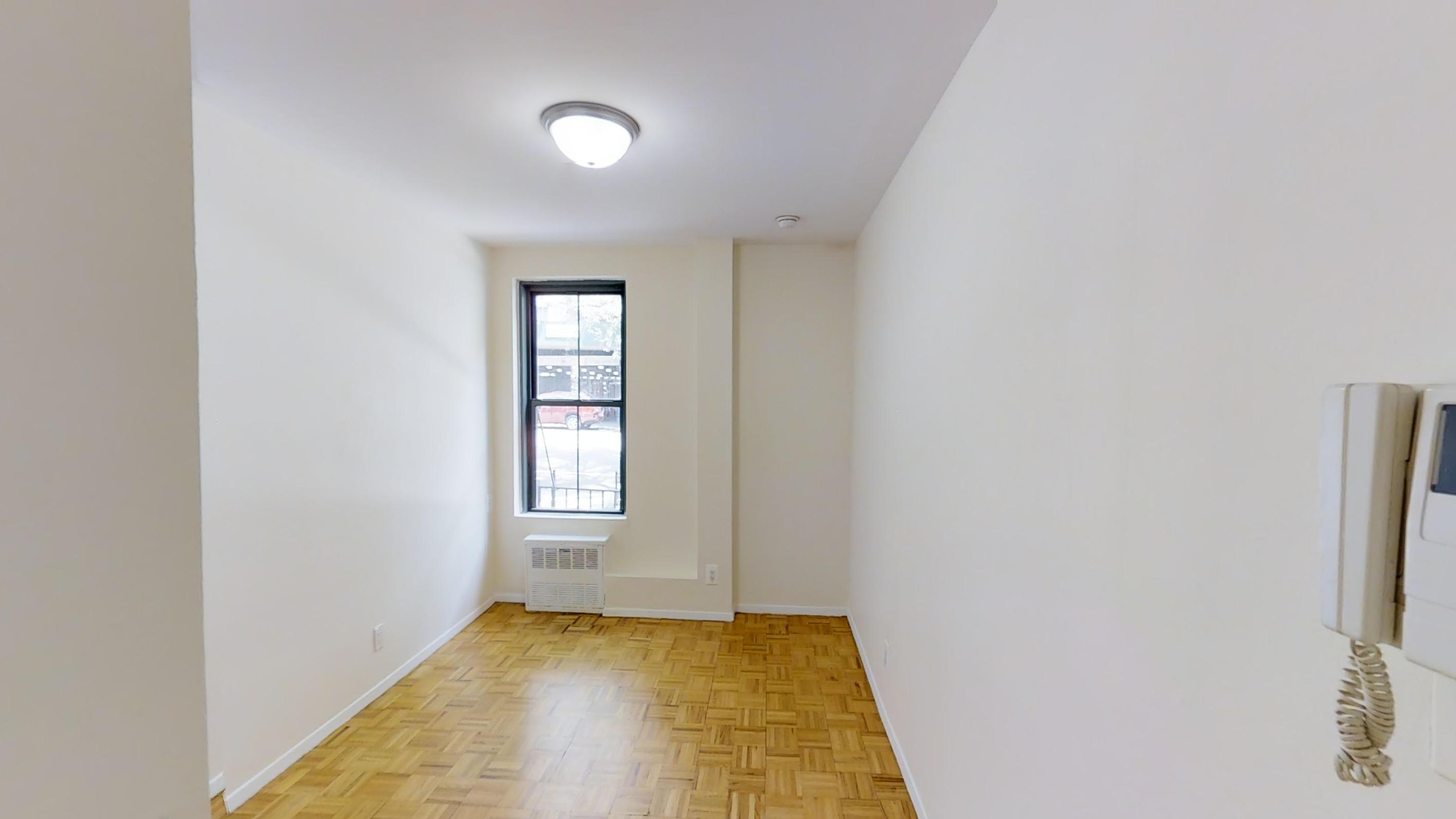 524 East 79th Street Apartments photo #1