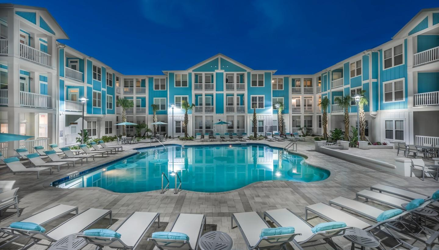 BluWater Apartments photo #1