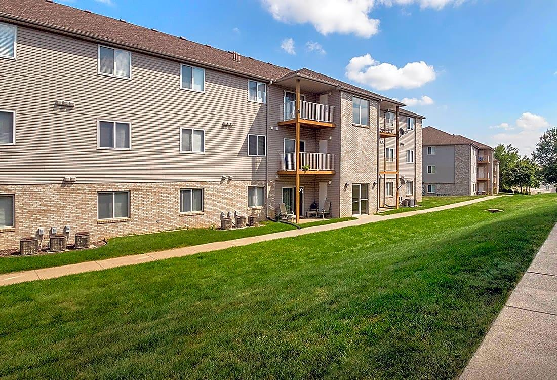 Woodbury Heights Apartments photo #1