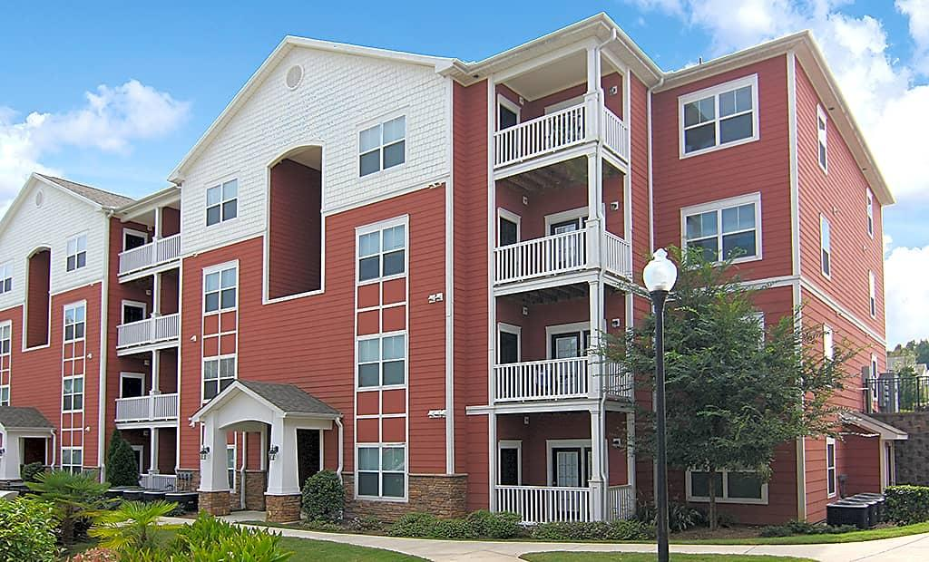 The Creek Is Conveniently Located Off Washington. Apartments photo #1