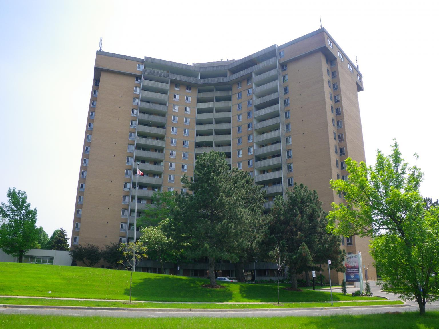 63, 73 and 120 Widdicombe Hill Boulevard Apartments photo #1