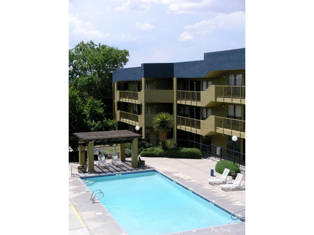 Netherwood Village Apartments photo #1
