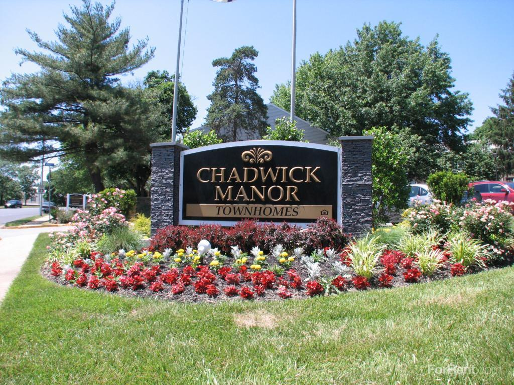 Chadwick Manor Townhomes Apartments photo #1