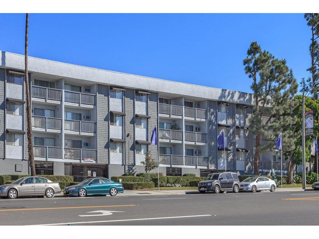 Pacific View Apartment Homes Apartments Long Beach Ca Walk Score