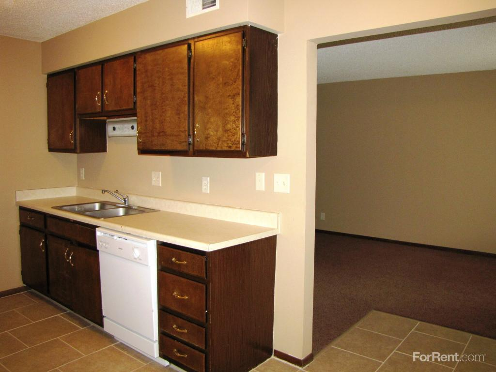 One Bedroom Apartments In Lincoln Ne The Willows Apartments Lincoln Ne Walk Score