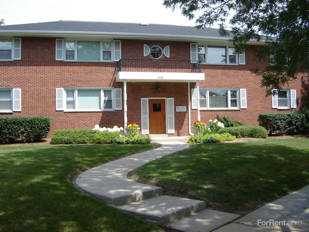 11040 west meinecke avenue wauwatosa wi walk score for 2 bedroom apartments wauwatosa wi