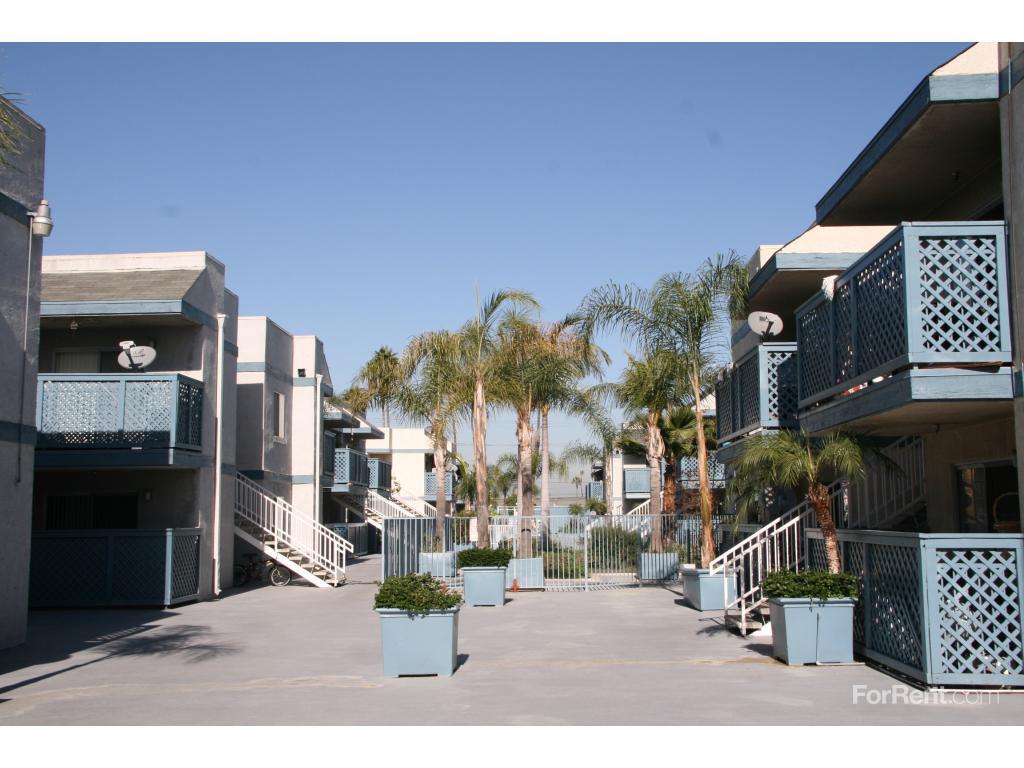 Harbor Village Apartments Anaheim